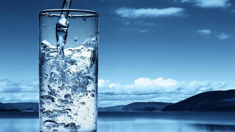 Hidratarea corecta pe timpul toamnei